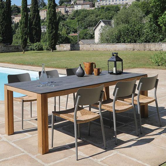 Table-Asola-8-personnes-Chaises-empilables-dublin